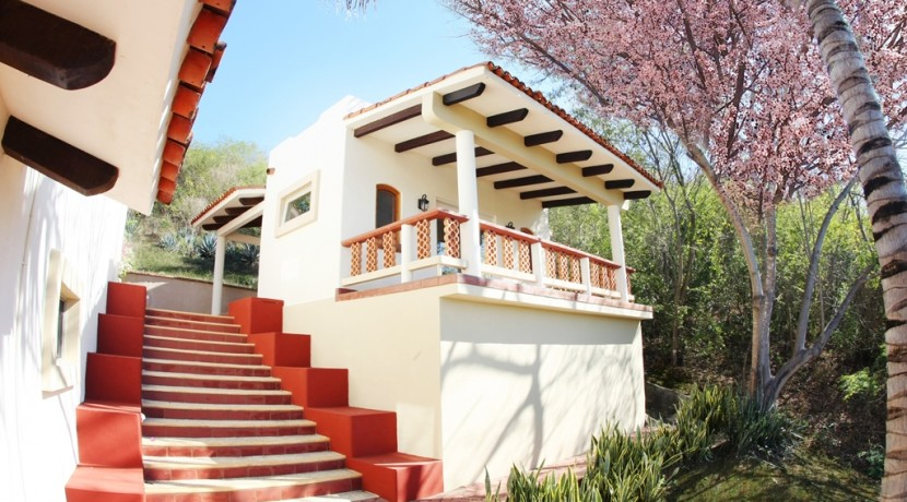 38-casita-out