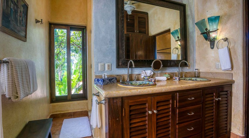 4bedroom-oceanview-sanpancho-mexico-cascada-J0C6424