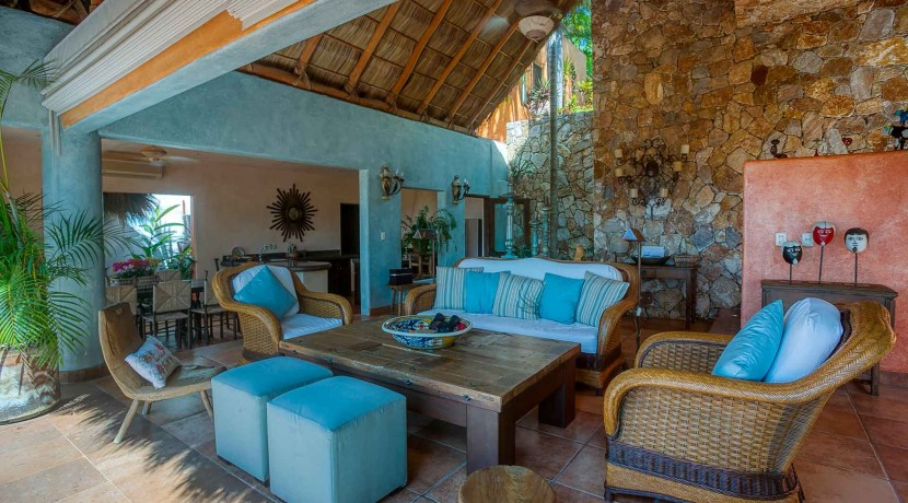 4bedroom-oceanview-sanpancho-mexico-cascada-J0C7380