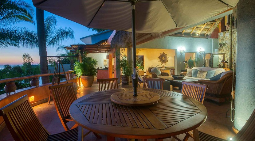 4bedroom-oceanview-sanpancho-mexico-cascada-J0C8526