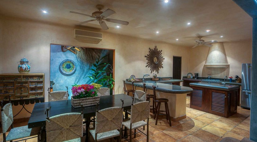4bedroom-oceanview-sanpancho-mexico-cascada-J0C8586
