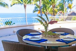 Casa-Mar-Azul-DOS-dining-table_view