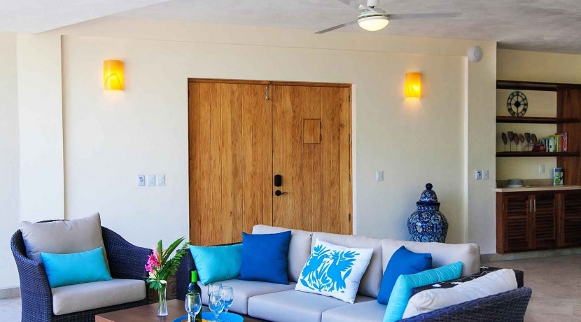 Casa-Mar-Azul-DOS-living-room-to-front-doors