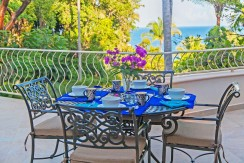 Casa-Mar-Azul-DOS-terrace-table