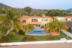 6bedroom-beachfront-sanpancho-mexico-reinado-0142